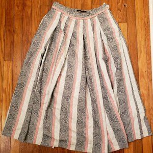 Geiger Collection Gray Mauve Pleated Skirt